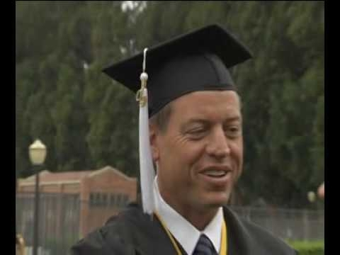 Embedded thumbnail for Troy Aikman 2009 Commencement